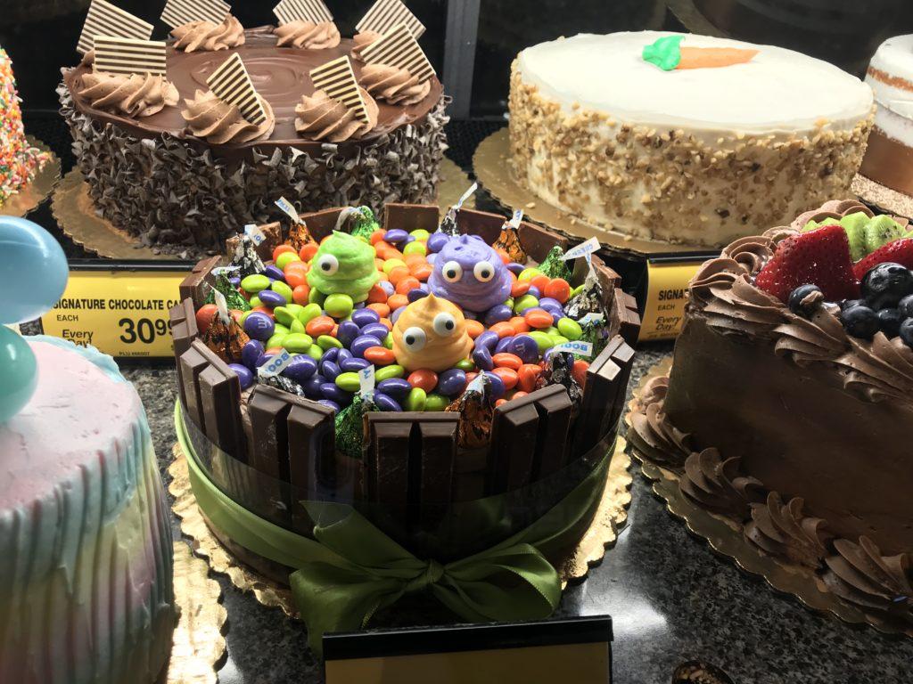 チョコだらけケーキ